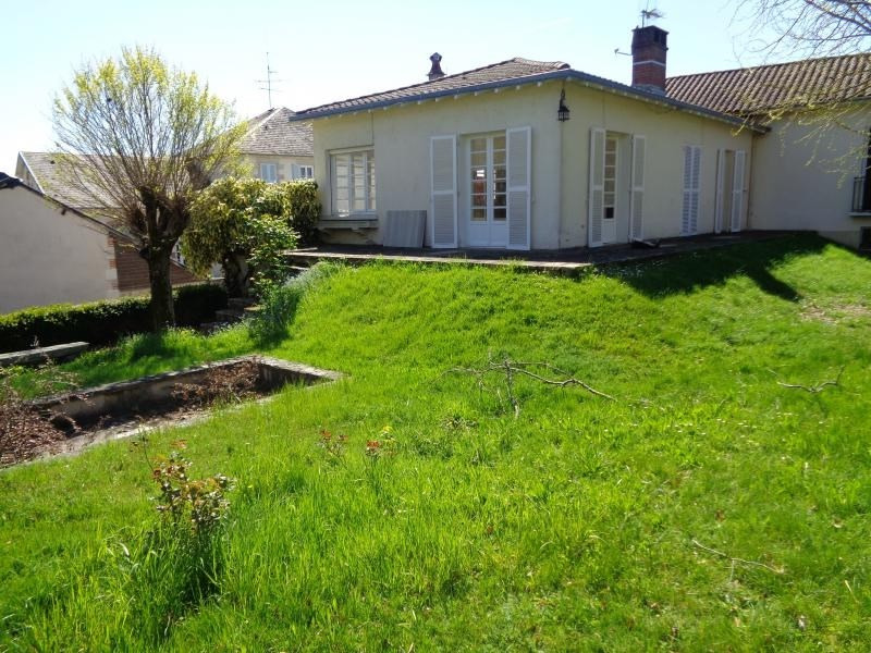 Location maison / villa St just le martel 690€ CC - Photo 1
