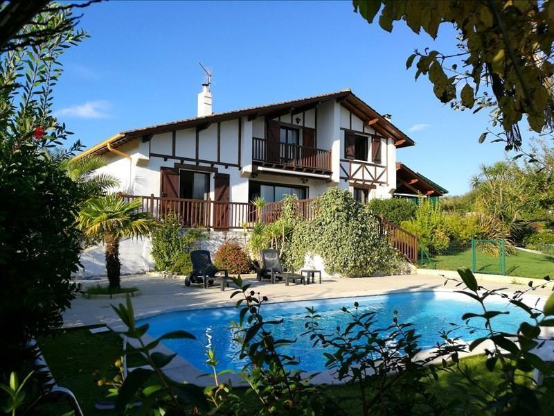Deluxe sale house / villa Bidart 733000€ - Picture 1