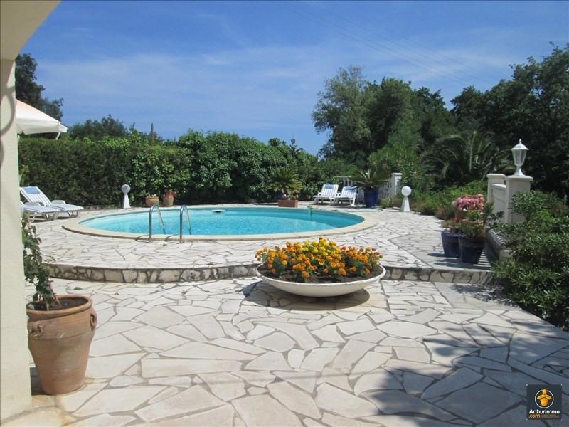 Deluxe sale house / villa Grimaud 1100000€ - Picture 3