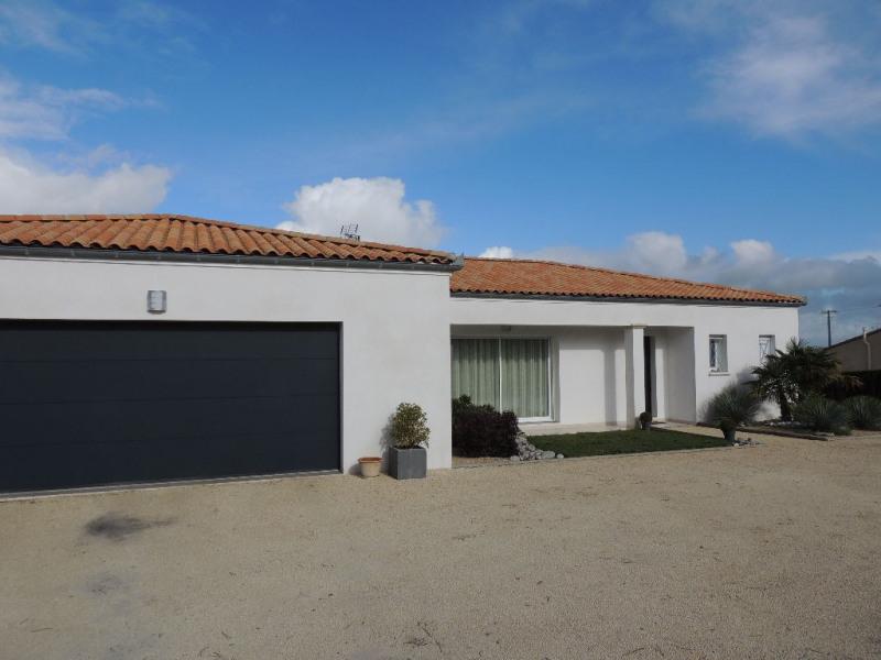 Vente de prestige maison / villa Breuillet 650000€ - Photo 1