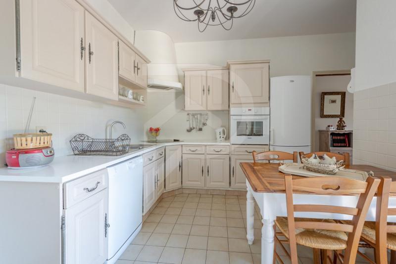 Vente de prestige maison / villa Entraigues sur la sorgue 745000€ - Photo 4