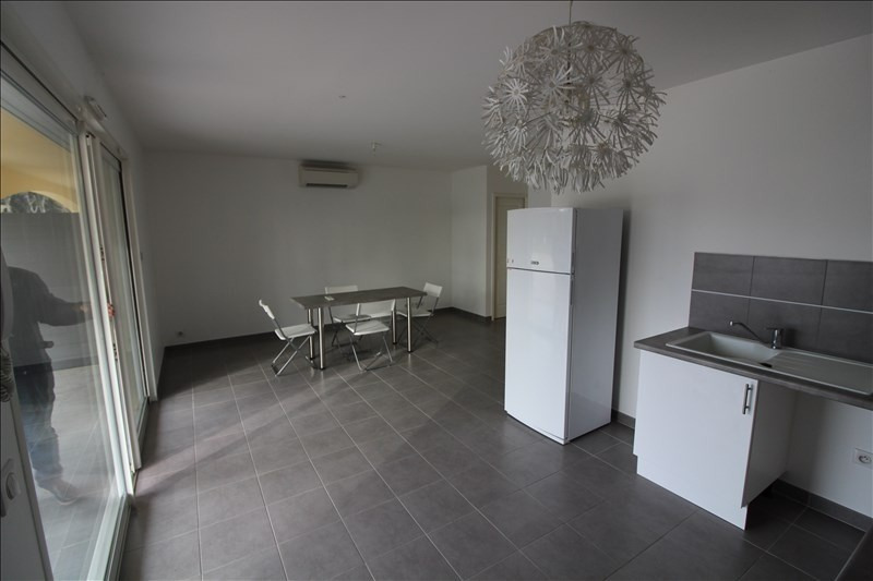 Location appartement Cabries 930€ CC - Photo 3