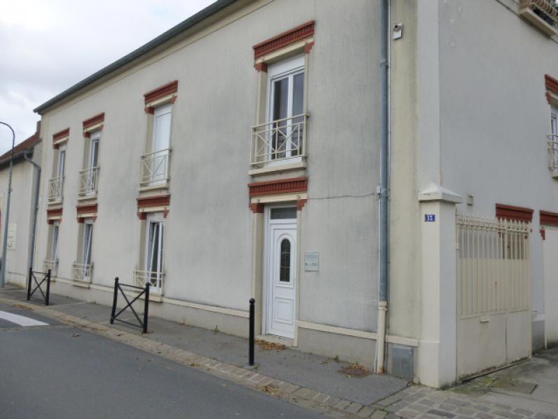 Alquiler  apartamento Nozay 566€ CC - Fotografía 1