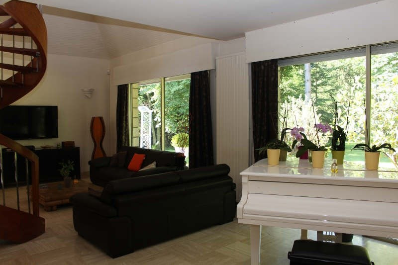 Vente de prestige maison / villa Lamorlaye 675000€ - Photo 4