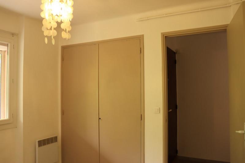 Location appartement Cavalaire sur mer 664€ CC - Photo 10