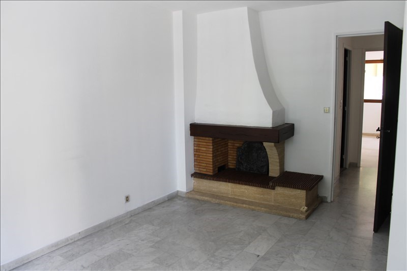 Sale apartment Toulon 150 000€ - Picture 2