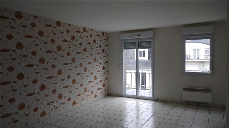 Rental apartment Vendome 512€ CC - Picture 3