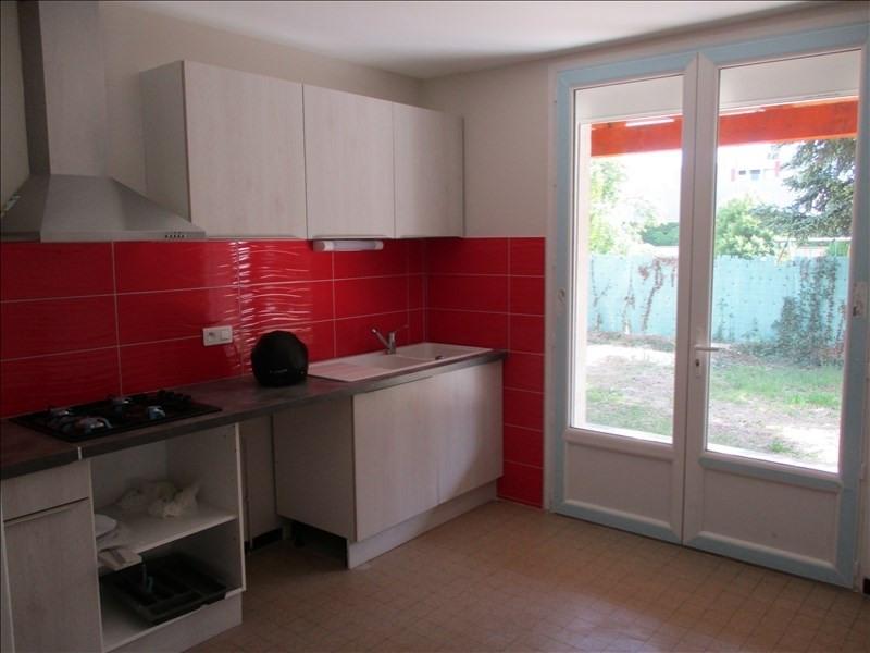 Rental apartment Montelimar 860€ CC - Picture 2