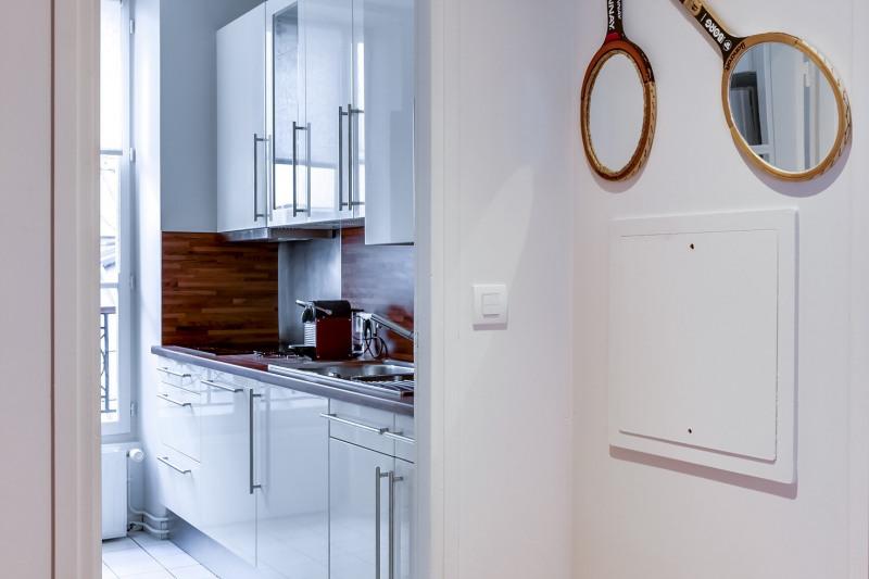 Location appartement Paris 11ème 2880€ CC - Photo 7