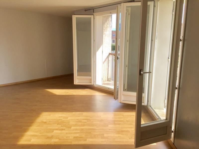 Vente appartement Plaisir 156300€ - Photo 2