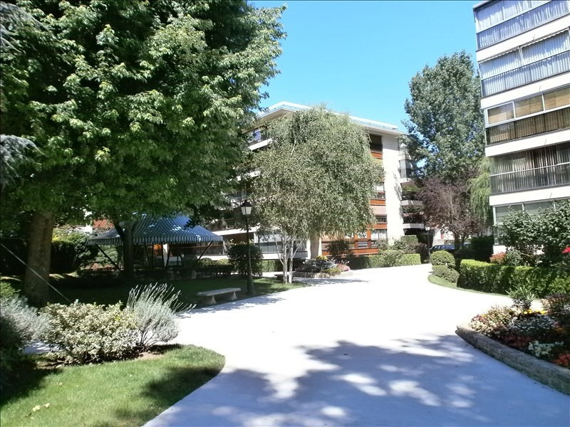 Location appartement Le chesnay 729€ CC - Photo 1