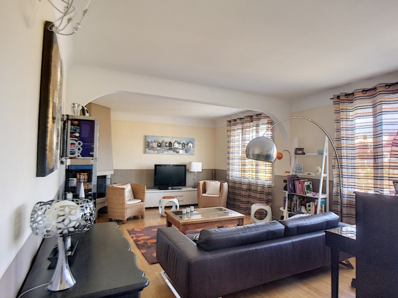 Sale house / villa Melun 350000€ - Picture 2