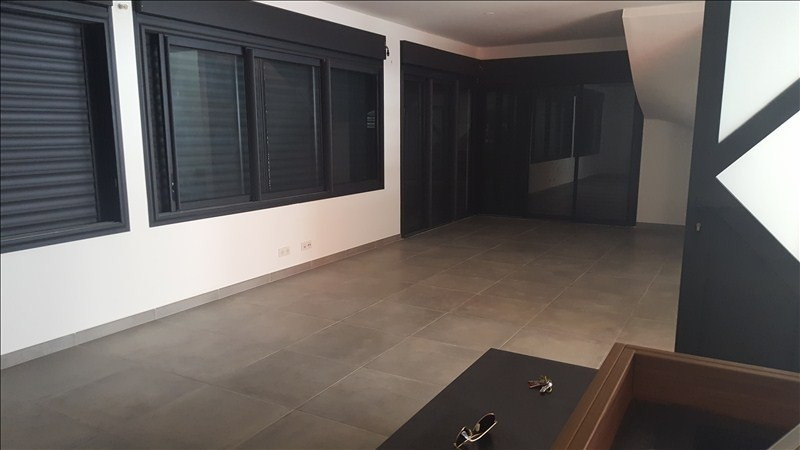 Rental house / villa La possession 1390€cc - Picture 1
