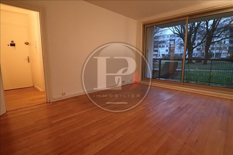 Rental apartment Marly le roi 985€ CC - Picture 1