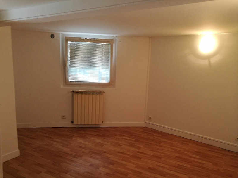 Location local commercial Courbevoie 900€ CC - Photo 2