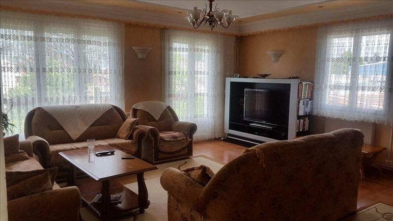 Sale house / villa Riorges 283500€ - Picture 3