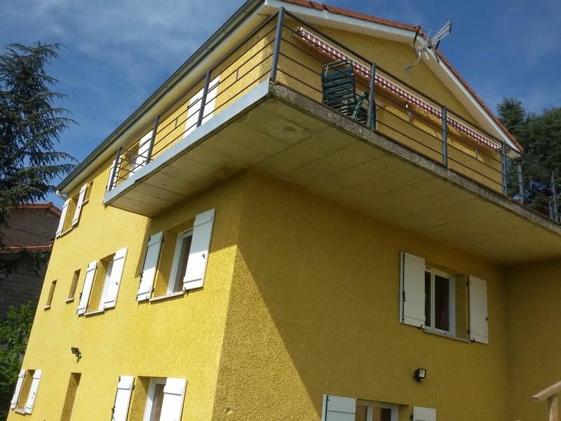 Sale house / villa St genest lerpt 265000€ - Picture 1