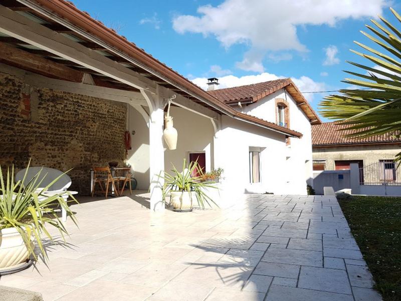 Sale house / villa Riscle 192000€ - Picture 1