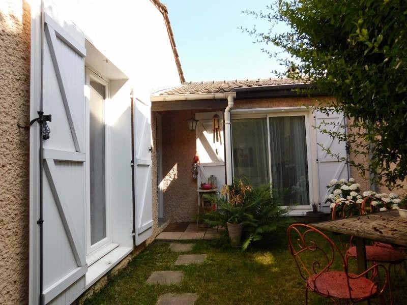 Sale house / villa Jouy en josas 495000€ - Picture 1