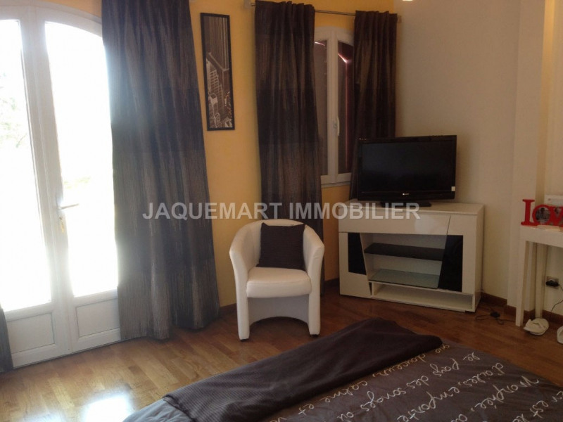 Vacation rental house / villa Lambesc 2 200€ - Picture 14
