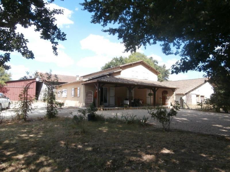 Deluxe sale house / villa Lamonzie saint martin 577500€ - Picture 1