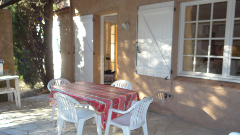 Vacation rental house / villa Cavalaire 1600€ - Picture 1