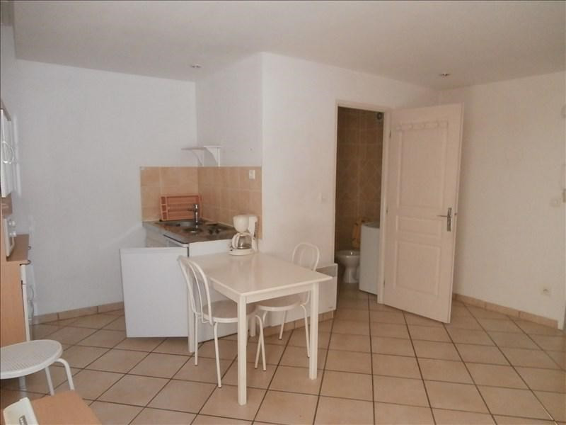 Rental apartment Manosque 402€ CC - Picture 2