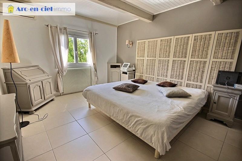 Deluxe sale house / villa La boissiere 599000€ - Picture 6