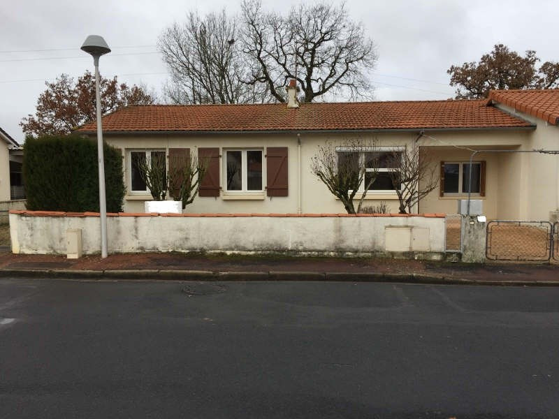 Vente maison / villa Smarves 136 500€ - Photo 9