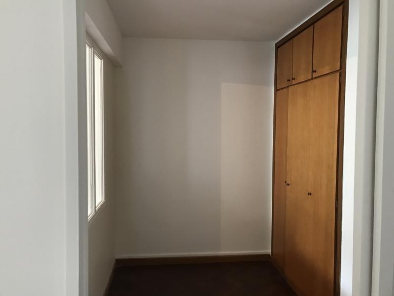 Location appartement Paris 16ème 1235€ CC - Photo 5