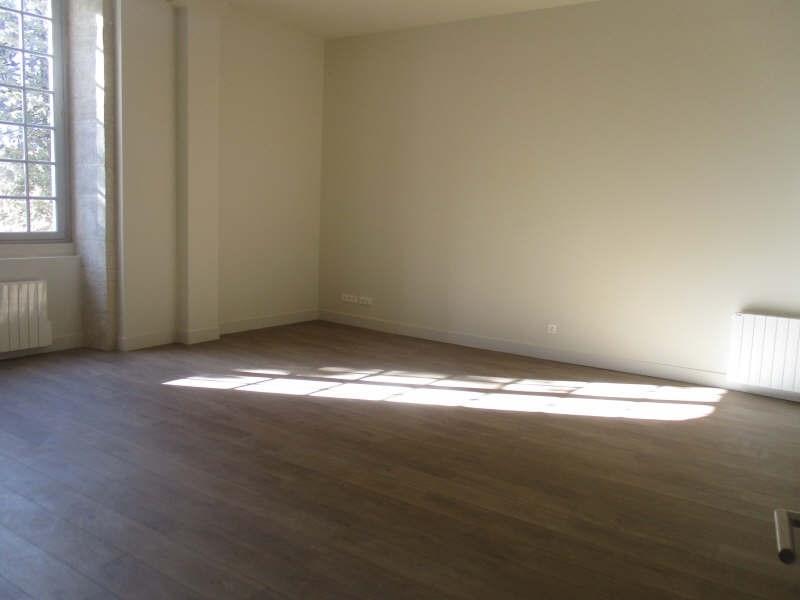 Verhuren  appartement Nimes 629€ CC - Foto 2