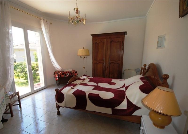 Sale house / villa Mandelieu-la-napoule 1090000€ - Picture 17