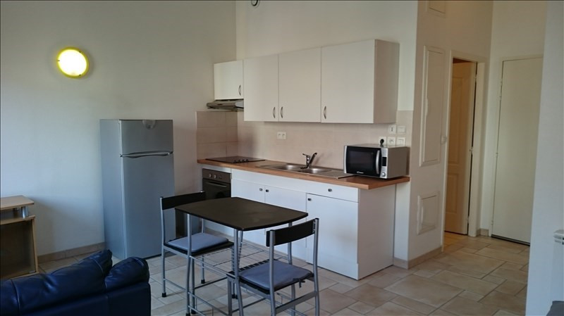 Rental apartment Bourgoin jallieu 460€ CC - Picture 1