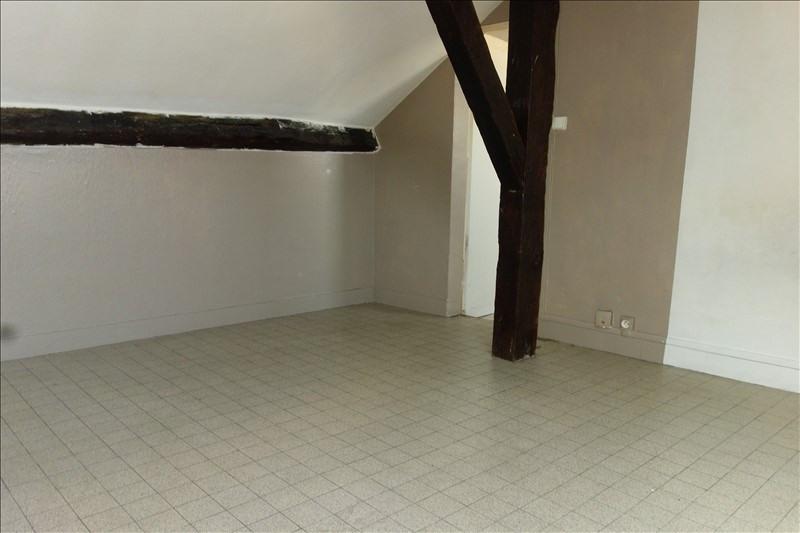 Rental apartment Versailles 657€ CC - Picture 1