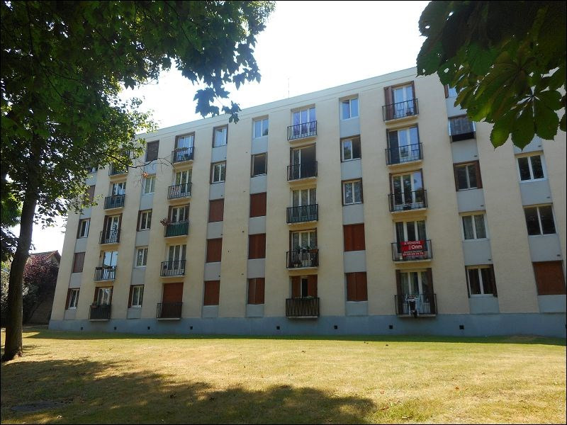 Location appartement Viry chatillon 757€ CC - Photo 1