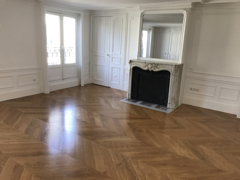 Location appartement Paris 8ème 5 450€ CC - Photo 1
