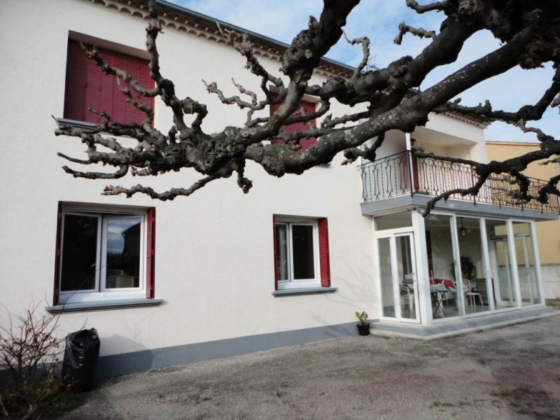 Rental apartment Entraigues sur la sorgue 780€ CC - Picture 1