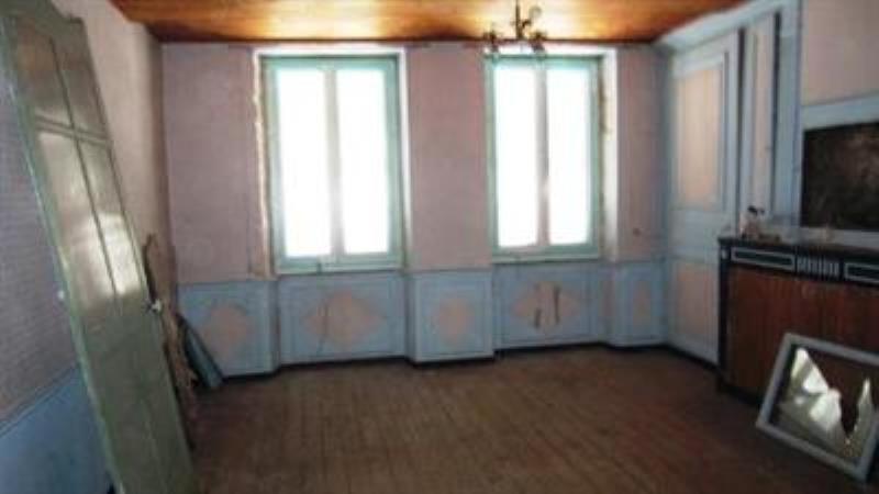 Sale house / villa Nantua 85000€ - Picture 5