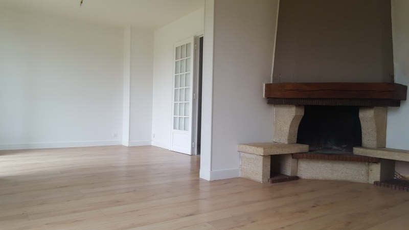 Sale house / villa Plailly 378000€ - Picture 2