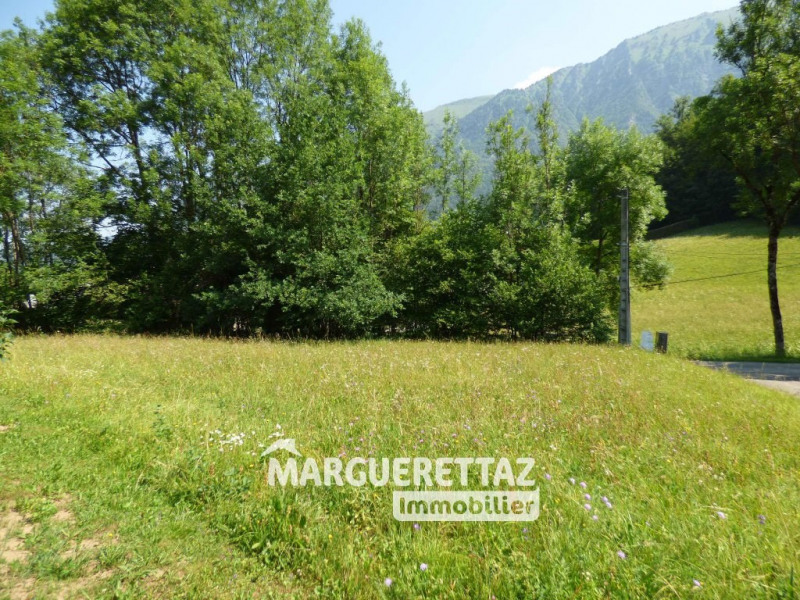 Vente terrain Mieussy 137 000€ - Photo 1