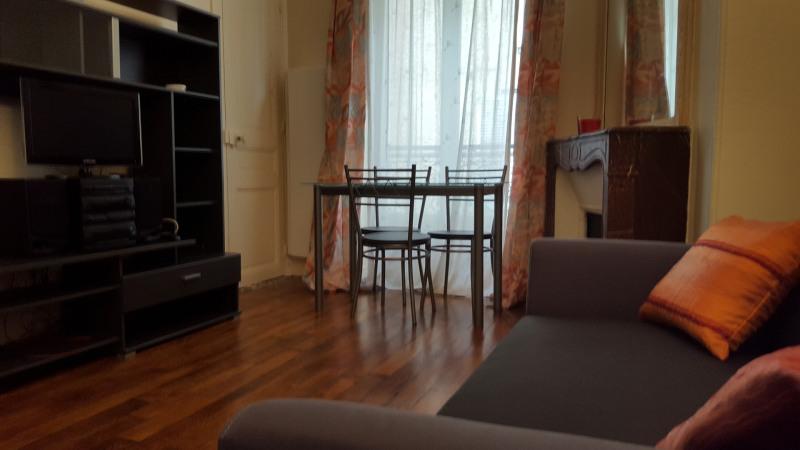Rental apartment Paris 16ème 1245€ CC - Picture 1