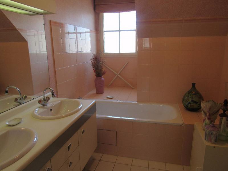 Sale house / villa Lesigny 365000€ - Picture 6