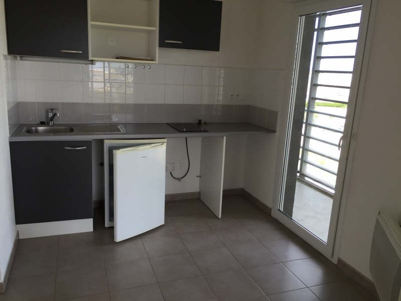 Location appartement Sete 503€ CC - Photo 1