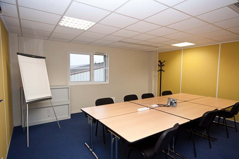 Rental office Boissy st leger 850€ +CH/ HT - Picture 1