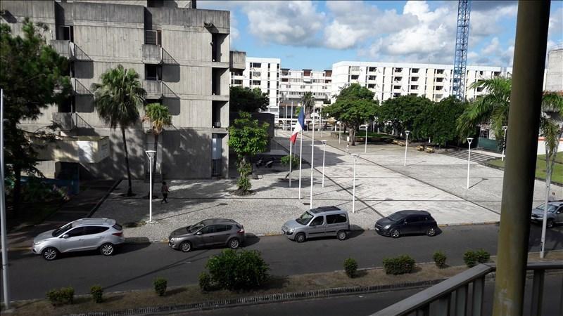 Location appartement Pointe a pitre 800€ CC - Photo 3
