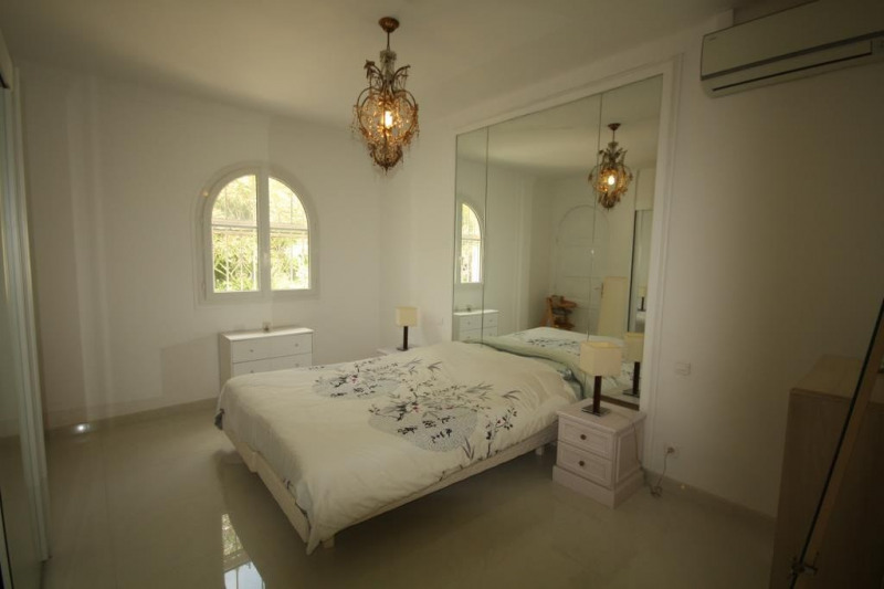 Deluxe sale house / villa Antibes 1 190 000€ - Picture 4