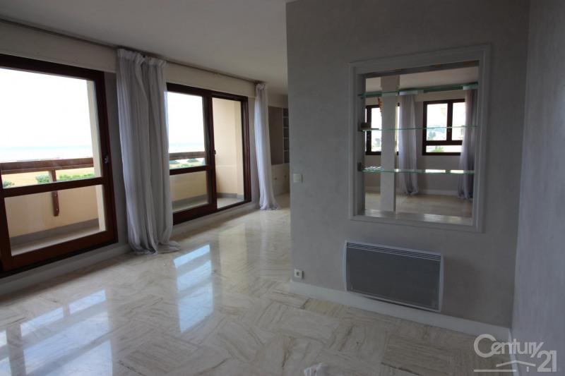 Revenda residencial de prestígio apartamento Deauville 966000€ - Fotografia 13