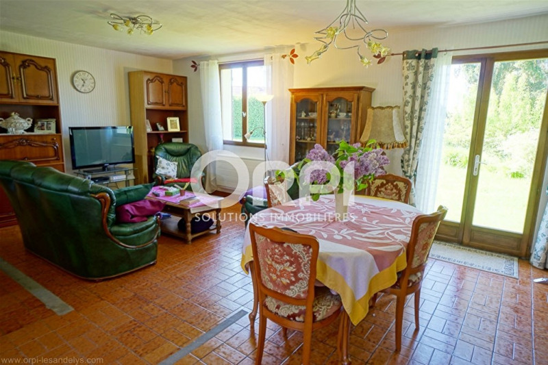 Sale house / villa Les andelys 190000€ - Picture 2