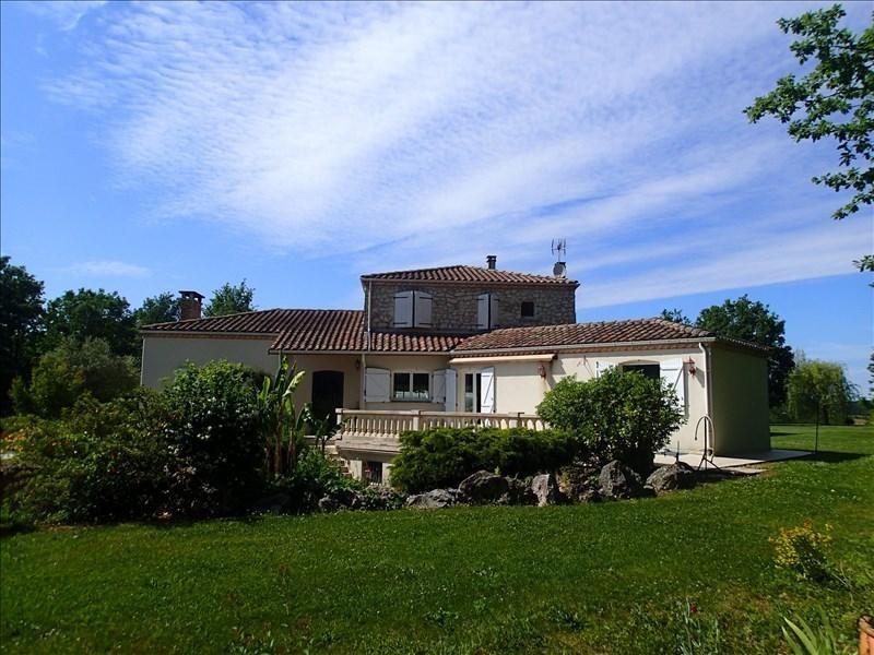 Vente de prestige maison / villa Lagrave 549000€ - Photo 1