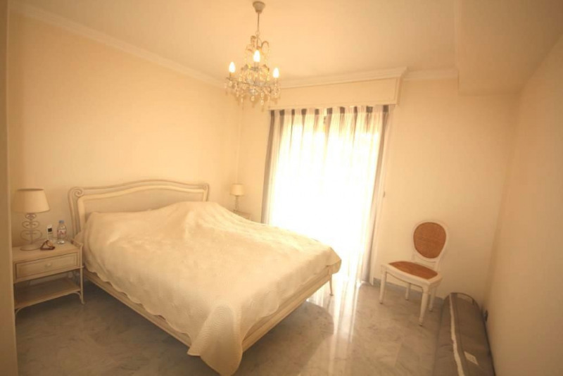 Sale apartment Juan les pins 850 000€ - Picture 7